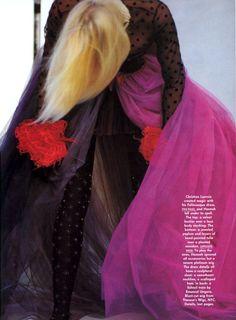 US Vogue November 1989 Couture: Seeing Stars Photo Patrick Demarchelier Editor Polly Mellen Model Daryl Hannah Hair Sam McKnight Makeup Sonia Kashuk