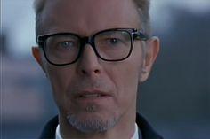David Bowie as Diamond Geezer 'Bernie' in 'Everybody loves Sunshine (aka B.U.S.T.E.D).