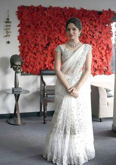 Silk Blouse Designs for White Sarees Half Saree Lehenga, Saree Look, Saree Dress, Bridal Lehenga, White Saree Blouse, Indian Lehenga, White Saree Wedding, Christian Wedding Sarees, White Bridal