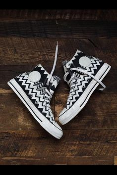 Black chevron converse