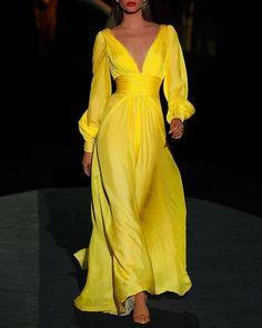 V-neck Long Sleeve Plain Dress – Ala Reas Store Plain Dress, Loungewear Set, Types Of Dresses, Short Dresses, Dress Brands, Dress To Impress, Lounge Wear, Beautiful Dresses, Marie