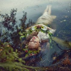 The work of Irina Dzhul has us totally and completely captivated. Her portraits range from surreal to just plan stunning—let them sweep you away into a fantasy world. Fantasy Photography, Underwater Photography, Portrait Photography, Vision Photography, Stunning Photography, Foto Fantasy, Water Shoot, Pre Raphaelite, Shakespeare