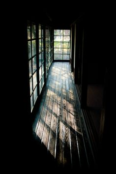 Glossy: depicts the shadows of the hallow and the leading lines of the floor boards