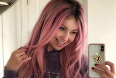 Thalía se tiñe el cabello de rosa al estilo de Kim Kardashian - Milenio.com #757LiveMX