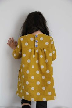 for better or worse, my 50 yearold self will still (make) and wear simple smock dresses usually patterned for 8 yearolds. Can't help it, still seem the easiest, fun and practical things to wear. Like this one - I'll take four of these