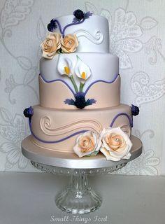 Beautiful wedding cakes with bling design Beautiful Wedding Cakes, Gorgeous Cakes, Pretty Cakes, Amazing Cakes, Cake Wedding, Elegant Wedding, Wedding Reception, Unique Cakes, Elegant Cakes