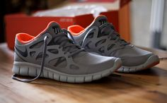 Nike Run Free 2.0 Grey + Orange