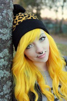 Keltainen Leopardi Pipo