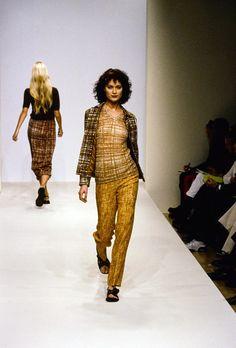 Prada Spring 1996 Ready-to-Wear Fashion Show - Shalom Harlow