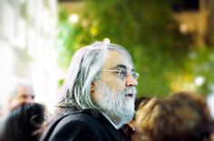 Introduction Vangelis is a Greek pianist, composer and arranger who received an Oscar for his score in the blockbuster movie Chariots of Fire during the 80 Conquest Of Paradise, Rock And Roll History, Chariots Of Fire, One Hit Wonder, Music Composers, Carl Sagan, Blade Runner, Pop Rocks, Coincidences