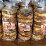 Que delicia… arepitas boyacenses a tan solo $12.000 + iva por 10 unidades. compralas en www.lafogatasutamarchan.com Tan Solo, Sausage, Meat, Food, Dishes, Restaurants, Sausages, Essen, Meals