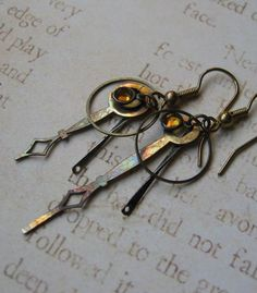 time traveller earrings january 2008 Jewelry Crafts, Jewelry Ideas, Handmade Jewelry, Time Travel, Jewerly, Steampunk, Dangles, January, Industrial
