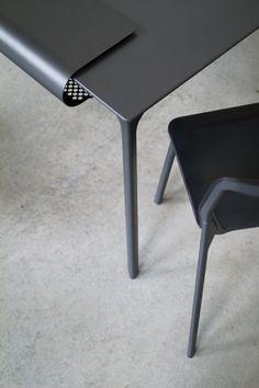 tune-chair-table-stefan-diez-themethodcase-15
