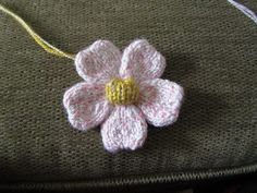 The Yarn Art Cafe: Free Knitted Flower Pattern | Free Flower Knitting Patterns…