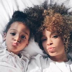 There's nothing more amazing than waking up with your little one. #Motherhood #MommyAndDaughter #Mammagard