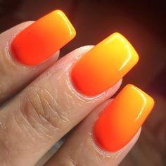 Beautiful #orangenails Summer Nails #ombrenails #ombrenailart #nailart #naildesigns #summernails