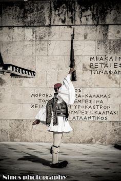 #ninosphotography #tsolias #sintagma #greece #Athens
