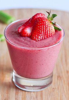 Een heerlijke en gezonde smoothie recept met aardbeien.