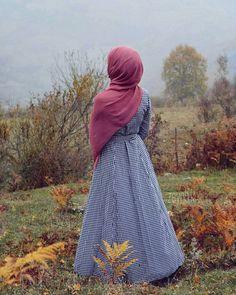 Hijabi Girl, Girl Hijab, Niqab Fashion, Muslim Fashion, Muslim Girls, Muslim Women, Hijab Hipster, Hijab Style Tutorial, Hijab Style Dress
