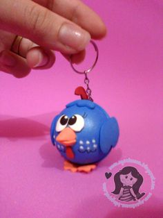 Galinha Pintadinha Recuerdos Primera Comunion Ideas, Foam Crafts, Diy Crafts, Beautiful Owl, Chickens And Roosters, Cold Porcelain, Diy Doll, Candy Colors, Doll Accessories
