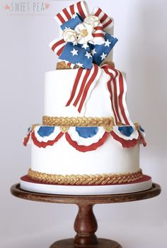 4th of July - Cake by Sweet Pea Tailored Confections