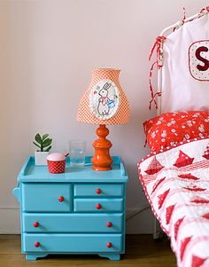 This is going to be my nightstand. Has to be green though.