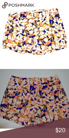 Floral Print, high wasted shorts Prepping for Summer 2017? Add these shorts to your collection. They can Worn both casually and dressy. 90% Cotton, 3% Elastane. They will keep you cool 😎 all summer long JCrew Factory  Shorts Skorts