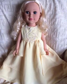american journey girl Belle Dress Beauty The Beast American Girl Doll Videos, American Girl Doll Pictures, American Girl Doll Samantha, American Girl Dress, Girls Belle Dress, Flower Girl Dresses, Doll Dresses, Mark Wahlberg And Wife, Wife And Kids