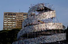 tower-of-babel-made-from-30000-donated-books-pops-up-in-buenos-aires/