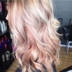 cheveux rose gold