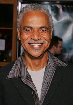 """Ron Glass, a popular actor featured on the sitcom """"Barney Miller"""" has died at the age of 71 in LA. Ron Glass, 70s Sitcoms, Tv Lineup, Barney Miller, New Carlisle, Glass Book, Science Fiction Series, Celebrity Deaths, New Paris"""