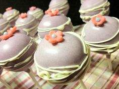 Flower cakepops cakesbywilchan