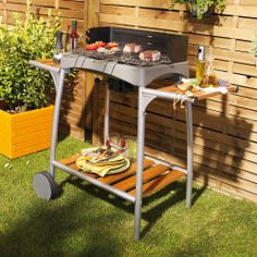 Barbecue charbon par COOK IN GARDEN