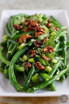 An Asian take on green beans, this Fresh Green Bean Salad with Asian Dressing is full of Asian flavors and great texture from the Soy-Glazed Cashews. 3 cups of fresh beans = 1 lb Green Bean Salads, Green Bean Recipes, Side Dish Recipes, Asian Recipes, Healthy Recipes, Easy Recipes, Vegetarian Recipes, Dinner Recipes, Vegetable Side Dishes