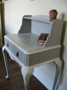 Paris Grey desk - Annie Sloan Chalk Paint