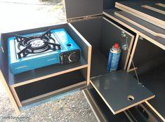 Camping In North Carolina Truck Topper Camping, Camping Box, Minivan Camping, Jeep Camping, Astuces Camping-car, Berlingo Camper, Peugeot Partner, Camper Van Kitchen, Caddy Van
