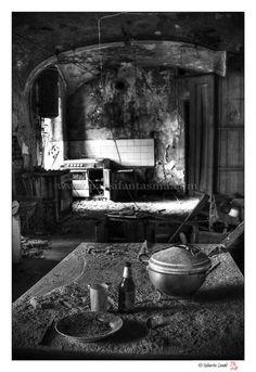 Castello A. - Luoghi Fantasma