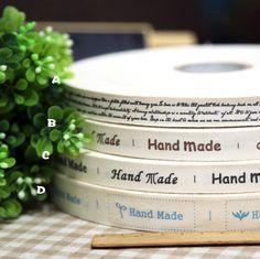 Nueva llegada hecha a mano 1.5-2 cm de tela de algodón tejida etiqueta de la ropa etiquetas de marca Grosgrain cinta DIY accesorios de costura Libre gratis