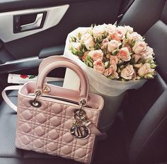a pretty Dior purse in pale pink with pale pink roses Lady Dior, Luxury Bags, Luxury Handbags, My Bags, Purses And Bags, Sacs Design, Dior Handbags, Birkin, Cross Body Handbags
