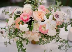 ranunculus, garden roses and anemones   Photography By / michaelandannacosta.com, Wedding Planning   Design By / joydevivre.net, Floral Design By / kellykaufmandesign.com