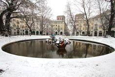 #Torino 14/12/12: nevica! Questa è piazza Carlo Felice, di fronte alla stazione Porta Nuova. #neve #snow