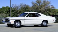 1970 PLYMOUTH DUSTER - Barrett-Jackson Auction Company - World's Greatest Collector Car Auctions