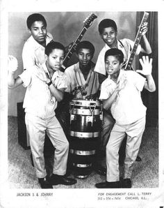 Jackson 5 :) Back in the days... - Cuteness in black and white ღ  https://pt.pinterest.com/carlamartinsmj/