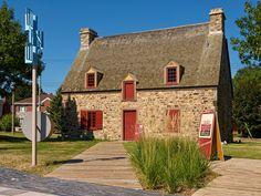 Quebec, Site Archéologique, Montreal Ville, Canadian History, Home Again, Verdun, Architecture, Paris, House Styles