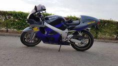 Suzuki GSXR 600 SRAD #tekoop #aangeboden in de groep van #Motortreffer (zie: www.facebook.com/groups/motorentekoopmt) #motorentekoopmt #suzuki #suzukigsxr #suzukigsxr600 #suzukigsxr600srad