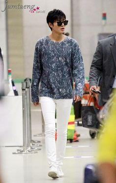 Lee Min Ho - Airport fashion 140808