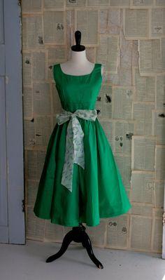 Vintage 1950s Dress .