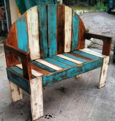 James Plamondon pallet works | Recyclart http://www.recyclart.org/2014/06/james-plamondon-pallet-works/