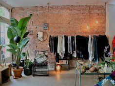 My good addresses deco / Amsterdam / Photos Atelier rue verte / Amsterdam, Rue Verte, Loft, Architecture Design, Boutique, Wall, Photos, Garage, Concept