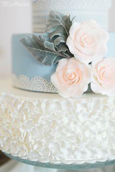 Rose quartz and serenity wedding cake, soft rustic blue and pink sugar flower wedding cake, cake, icing, baking RUSTIC SPRING WEDDING WITH NATURAL TOUCHES www.elegantwedding.ca